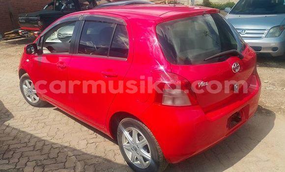 Nunua Ilio tumika Toyota Vitz Nyekundu Gari ndani ya Harare nchini Harare