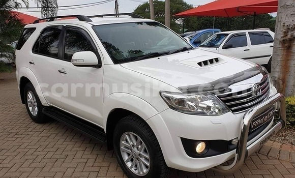 Medium with watermark toyota fortuner harare harare 7853