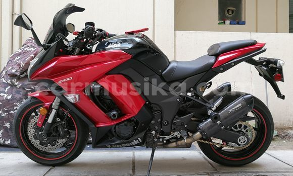 Buy Used Kawasaki Z1000 Red Bike in Bulawayo in Bulawayo