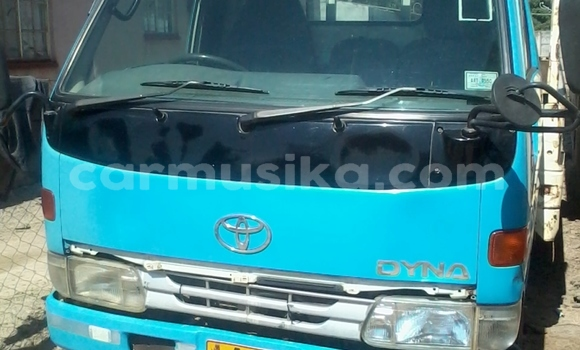 Buy Used Toyota Dyna Blue Truck in Gweru in Midlands