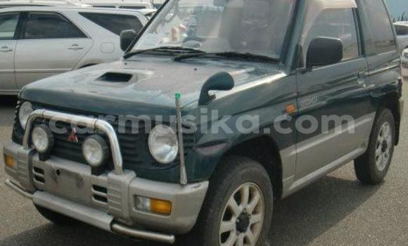 Buy Used Mitsubishi Pajero Green Car in Chitungwiza in Harare