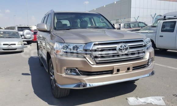 Medium with watermark toyota land cruiser harare import dubai 8417