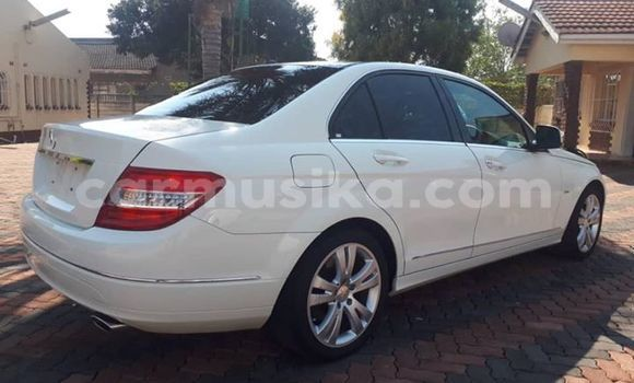 Buy Used Mercedes‒Benz C–Class White Car in Harare in Harare