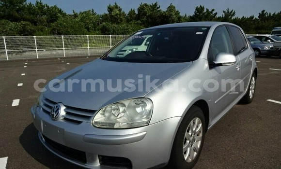 Buy Used Volkswagen Golf Silver Car in Beitbridge in Matabeleland South