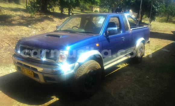 Buy Used Nissan Evalia Blue Truck in Harare in Harare