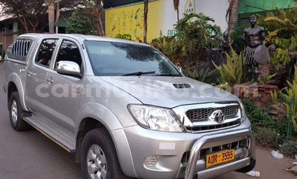 Buy Used Toyota Hilux Silver Car in Harare in Harare