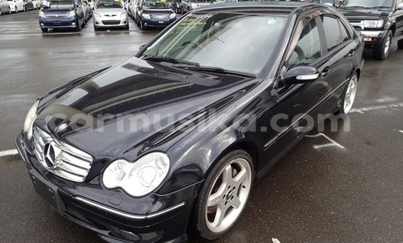 Buy Used Mercedes‒Benz 200 Black Car in Bulawayo in Bulawayo