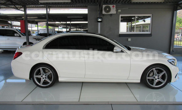 Medium with watermark mercedes%e2%80%92benz c%e2%80%93class harare harare 9087