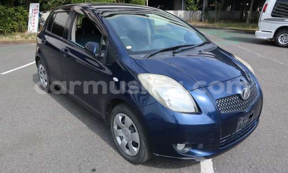 Buy Used Toyota Vitz Blue Car in Borrowdale in Harare