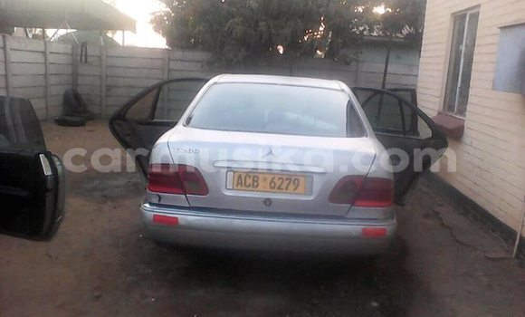 Buy Used Mercedes‒Benz E–Class Silver Car in Kwekwe in Midlands