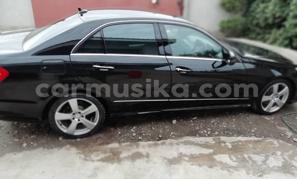 Buy Used Mercedes‒Benz 250 Black Car in Bulawayo in Bulawayo