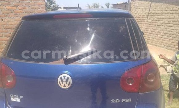 Buy Used Volkswagen Golf Blue Car in Harare in Harare