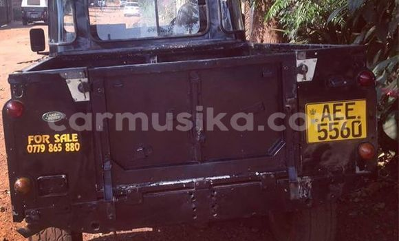 Buy Used Land Rover Defender Black Car in Harare in Harare