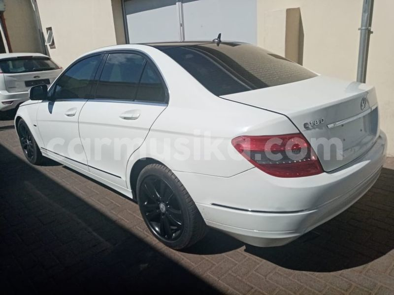 Big with watermark mercedes%e2%80%92benz c%e2%80%93class matabeleland south beitbridge 10014