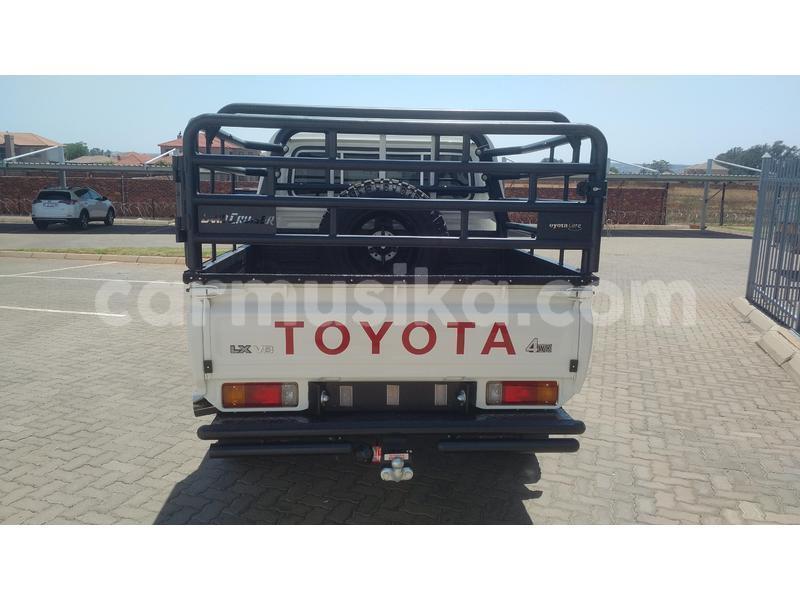 Big with watermark toyota land cruiser bulawayo bulawayo 10365