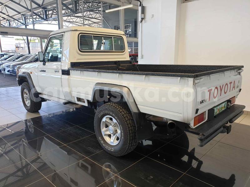 Big with watermark toyota land cruiser bulawayo bulawayo 10367