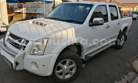 Medium with watermark isuzu kb matabeleland south beitbridge 10847