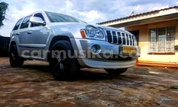 Buy Used Jeep Grand Cherokee Silver Car in Mabelreign in Harare
