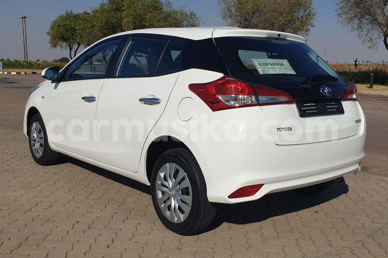 Big with watermark toyota yaris matabeleland south beitbridge 11848