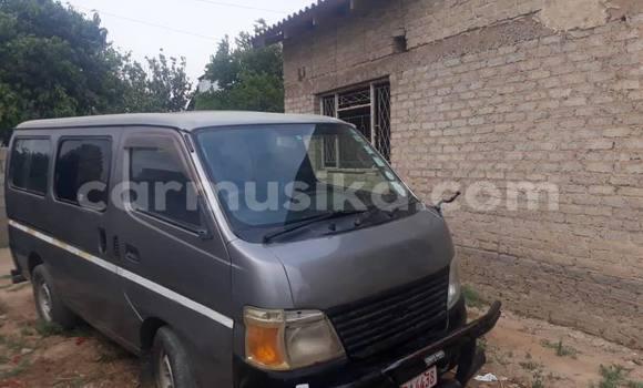 Buy Used Nissan Caravan Other Car in Kwekwe in Midlands