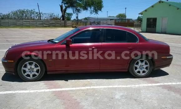 Buy Used Jaguar S-Type Red Car in Gweru in Midlands