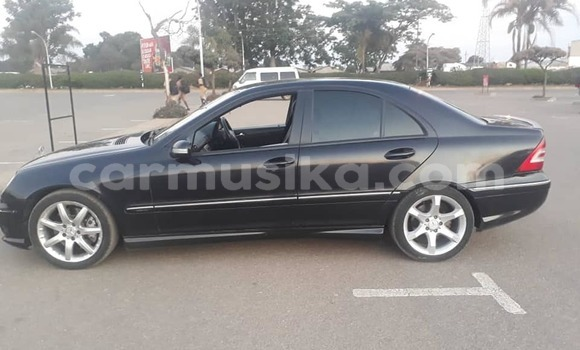Buy Used Mercedes-Benz C-klasse Black Car in Harare in Harare