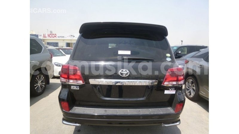 Big with watermark toyota land cruiser harare import dubai 12701